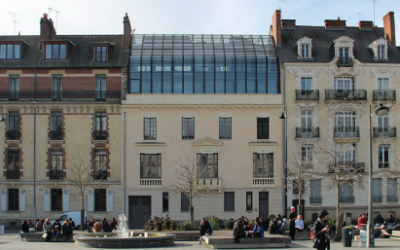Rehabilitation in Rennes historical centre  with new materials